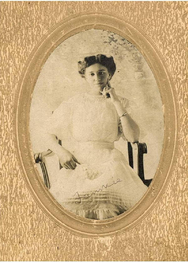 Fannie Turner before marriage - 1909.