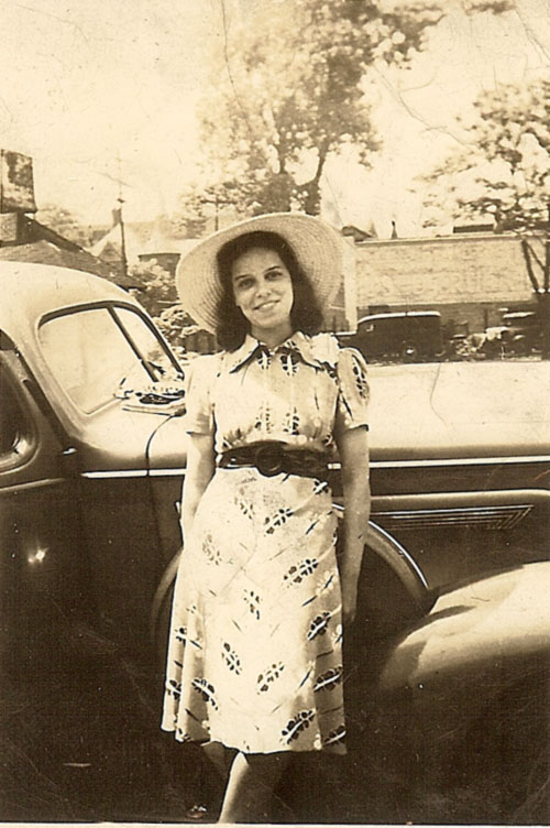 Doris Graham Cleage in a hat, 1939