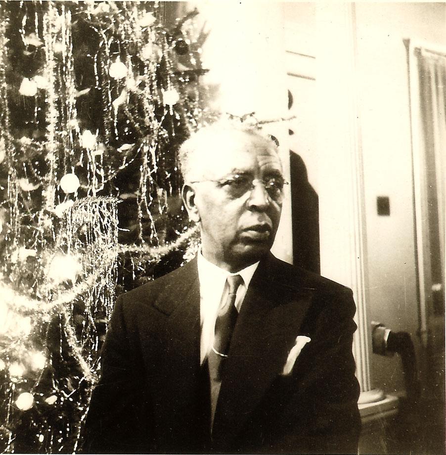 Dr. Albert B. Cleage,Sr Christmas on Scotten before 1948, Detroit.