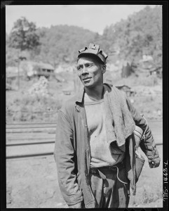 821px-Miner._Gilliam_Coal_and_Coke_Company,_Gilliam_Mine,_Gilliam,_McDowell_County,_West_Virginia._-_NARA_-_540803