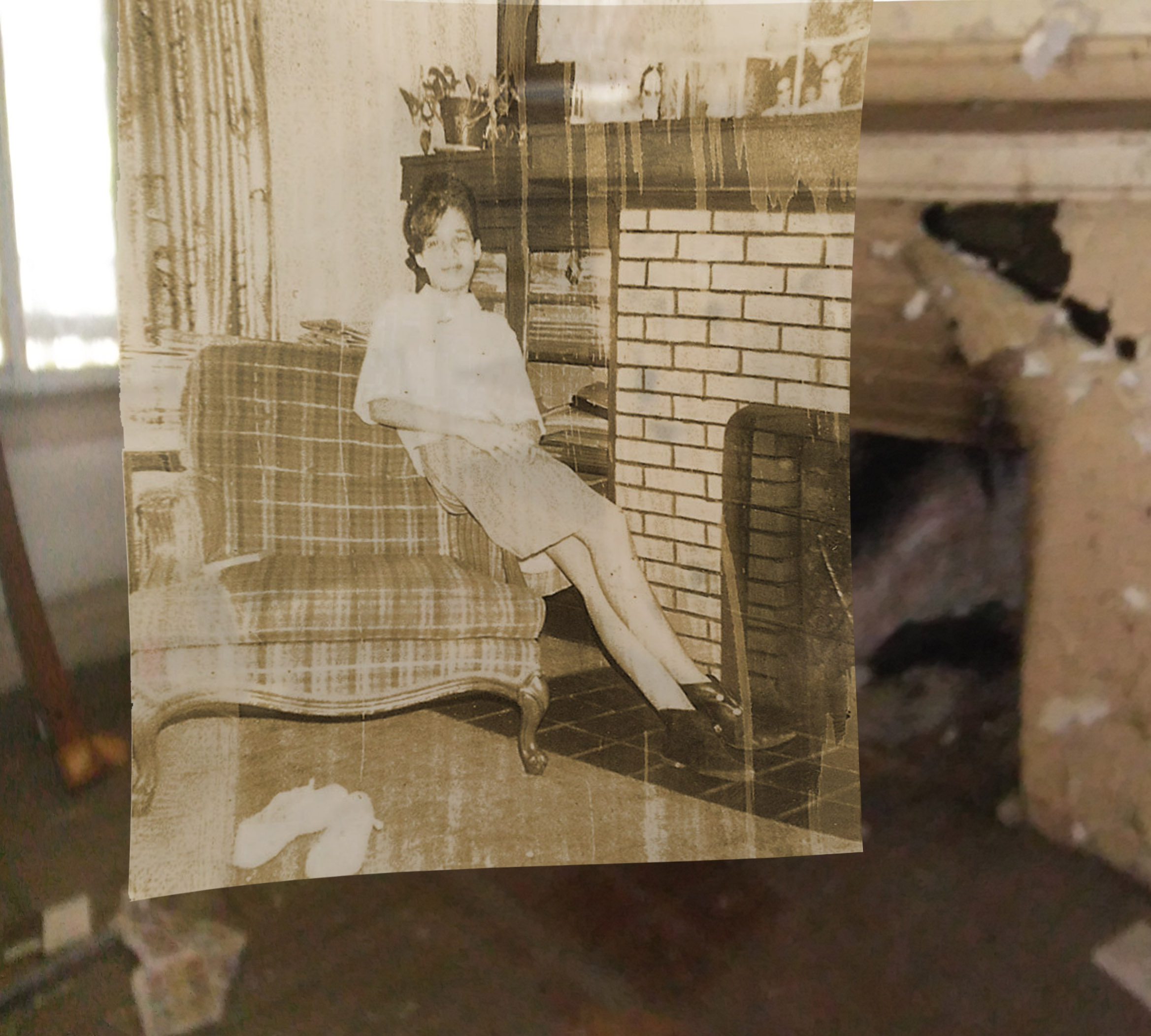My cousin Barbara Elkins in the front room.